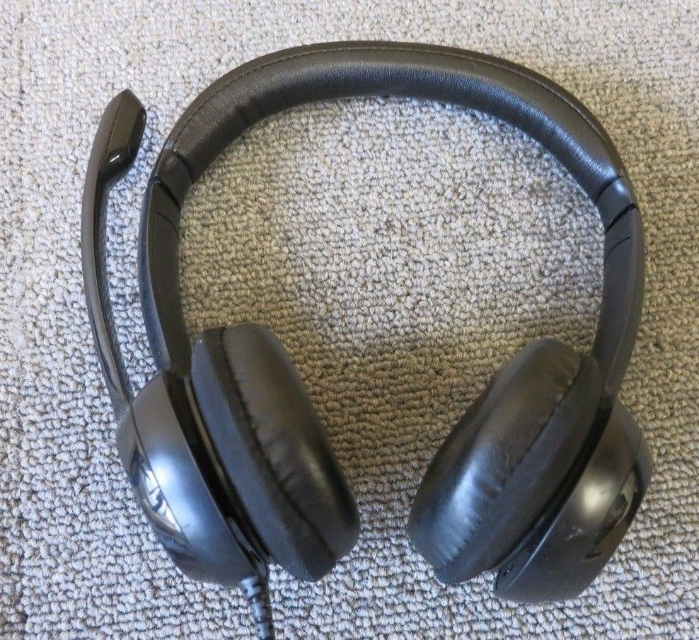 492d50eb742 Logitech H390 ClearChat Comfortable Black USB Headset With Noise-Canceling  Mic